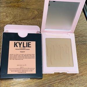 Kylie bronzer in toasty